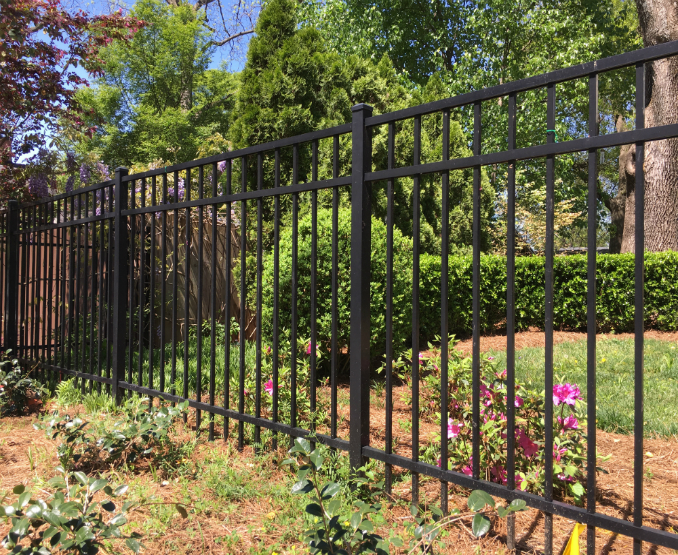 how to install aluminum fencing