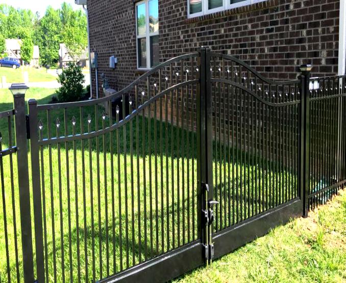 3 Rail Decorative Accent Aluminum Drive Gate Fence Workshop