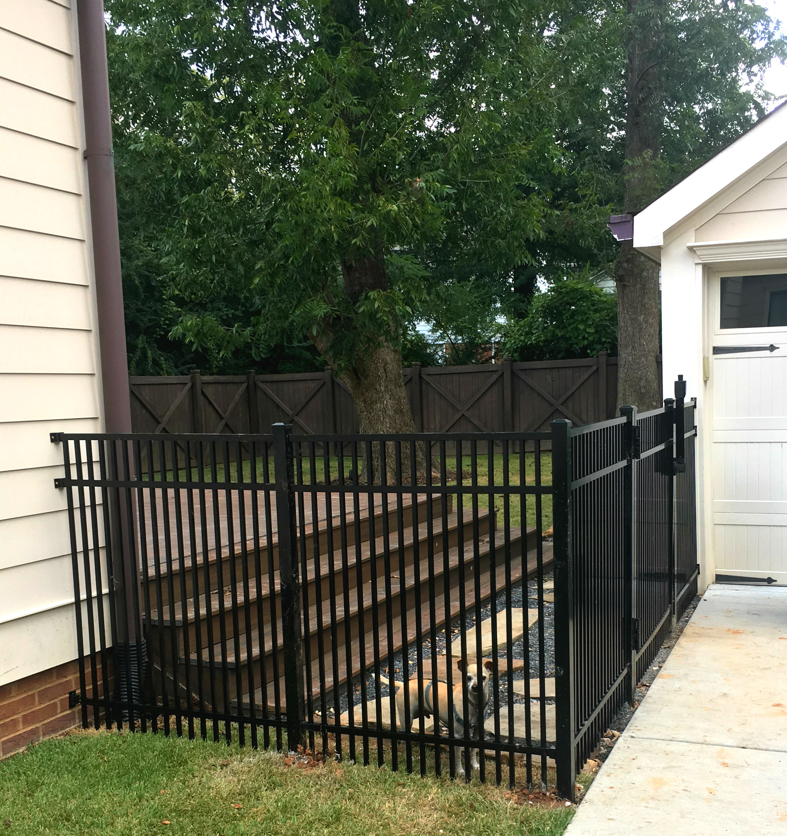 3 Rail Tight Picket Smooth Top Metal Fence Panel Fence