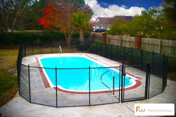 Mesh pool safety fence installers