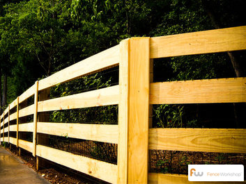 Wood board and wooden post and rail fencing in Georgia, Florida and North Carolina.