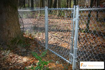 Beautiful commercial and residential chain link fencing in Altamonte Springs, FL