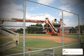 Chain link fence installers in Orlando, FL